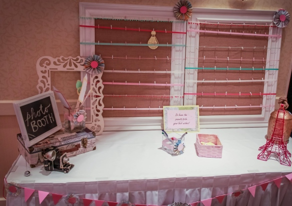 Photo Booth/Wish board